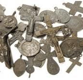 Grupa Charytatywna prosi o pomoc w zbiórce różańców, medalików i dewocjonaliów dla chrześcijan w Albanii